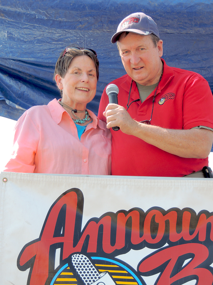 Announcer Bob and Rosanne